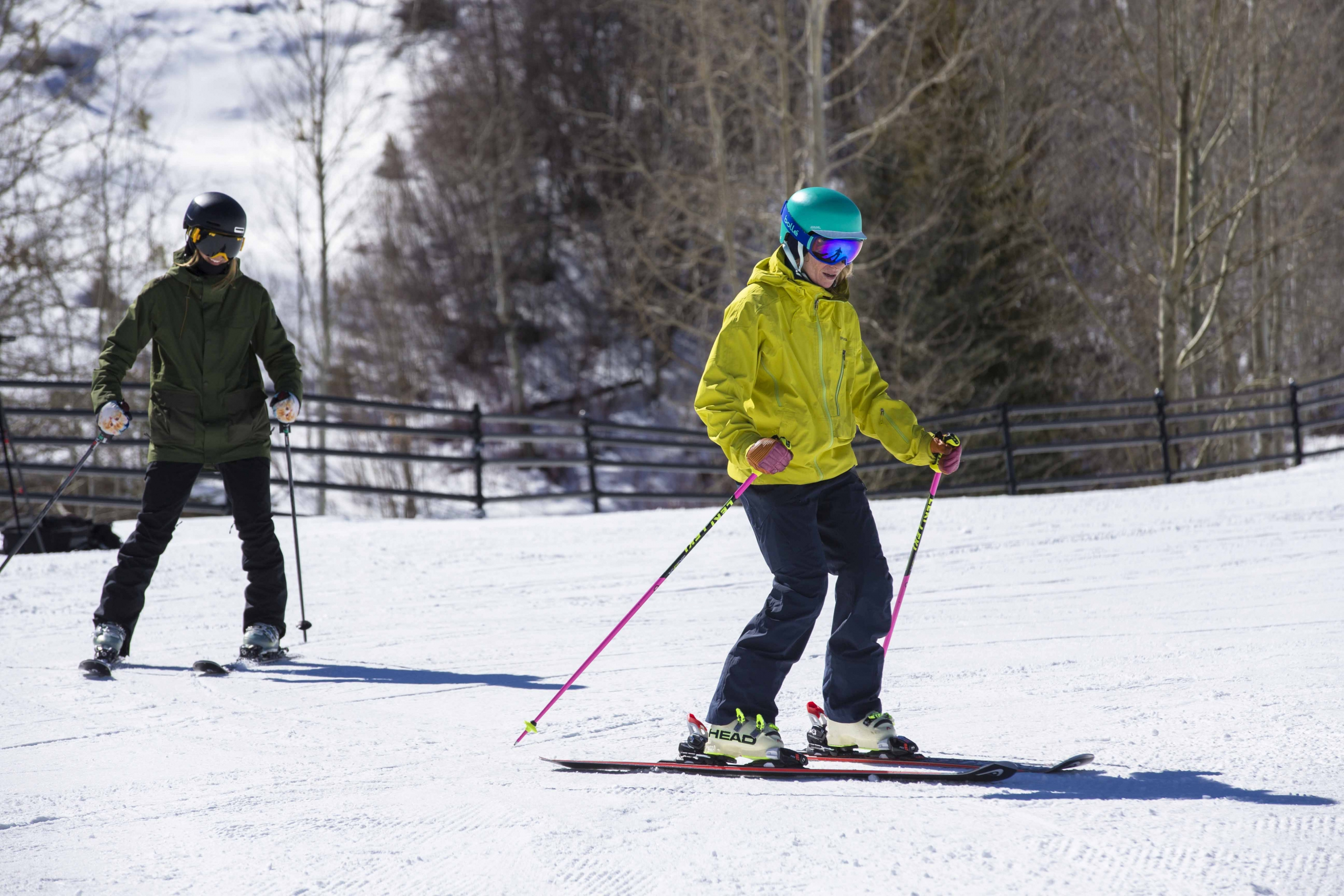 PSIA Alpine Team member Robin Barnes teaches a beginner ski lesson.